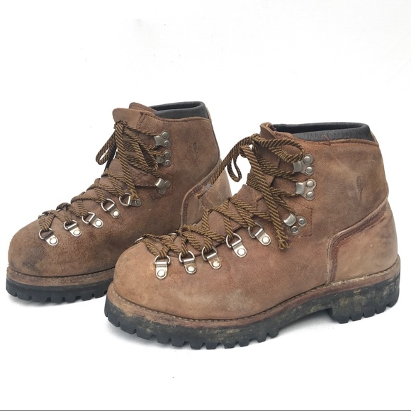 Vintage Vasque Hiking Boots 6 1/2 leather 6.5
